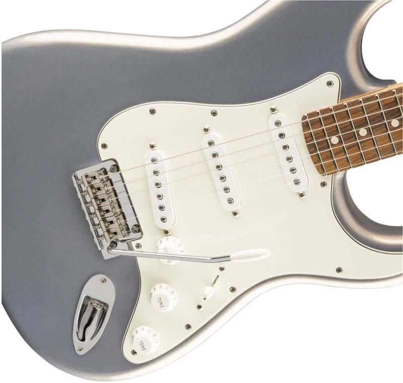 lung dan guitar dien mat truoc guitar dien fender player stratocaster mn silver