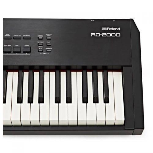 ban phim dan piano dien Roland RD-2000