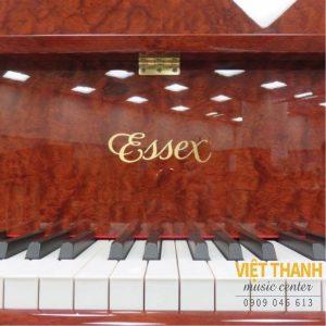 logo dan grand piano Essex EGP-155C