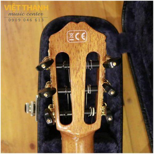 mat sau can guitar Cordoba 55FCE