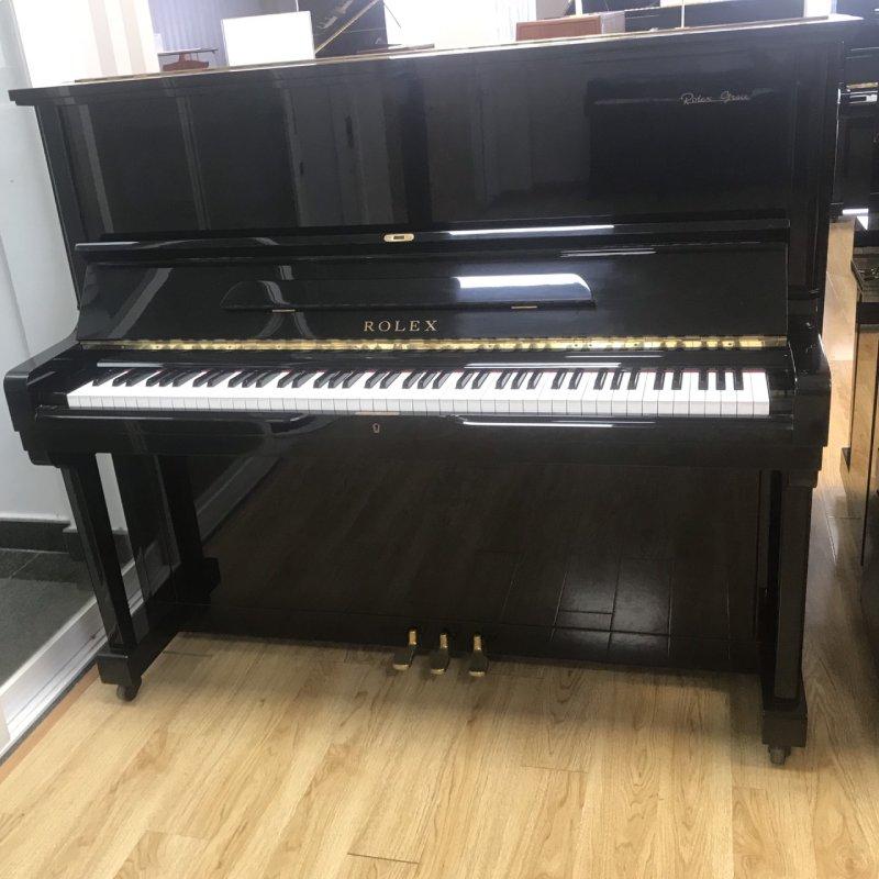 piano Rolex KR33
