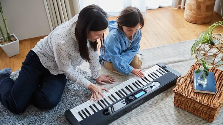 am thanh dan organ Casio CT-S400 truyen cam hung cho con cua ban