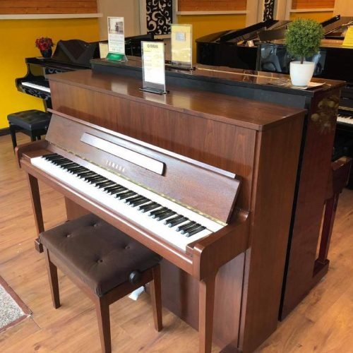 piano Yamaha W116BT