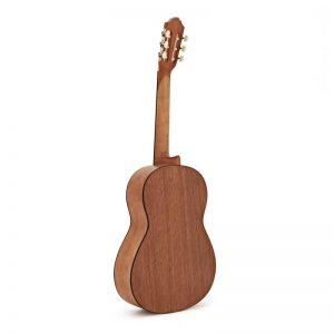 mat sau guitar Yamaha C40M