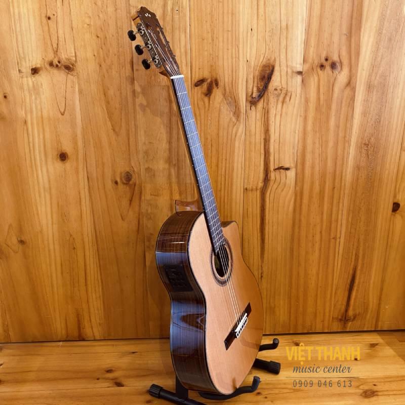dan guitar cordoba c7ce