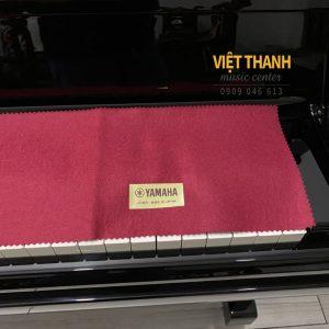 khan phu phim piano Yamaha YUS5