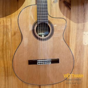 mat truoc guitar cordoba c7ce