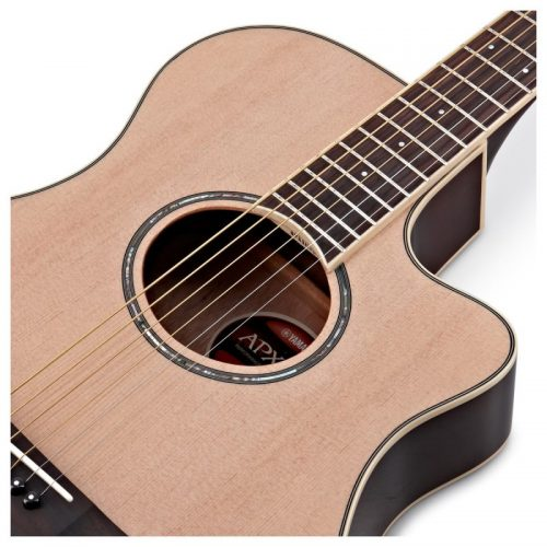 thung dan guitar Yamaha APX600