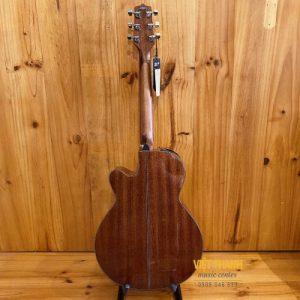 mat sau guitar Takamine GN15CE