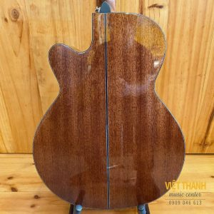 mat sau thung dan guitar Takamine GN15CE