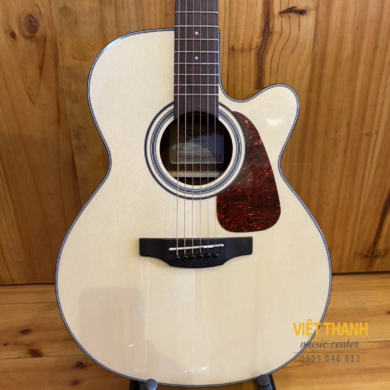 mat truoc guitar Takamine GN15CE