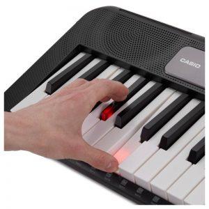 bàn phím phát sáng của organ casio lk-s250