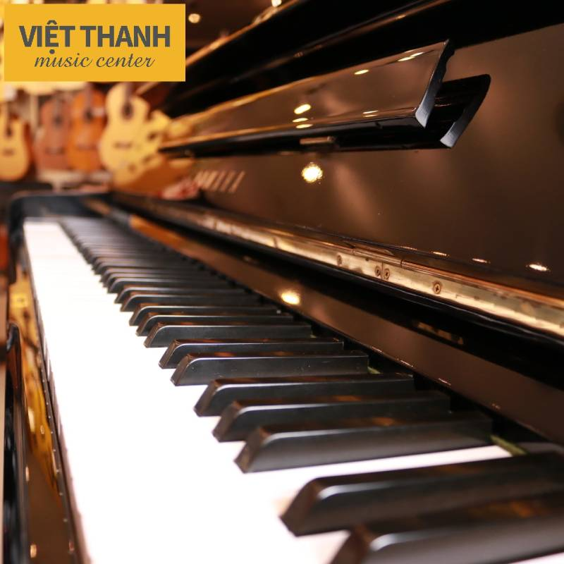 ban phim piano yamaha u1e