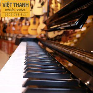 ban phim piano yamaha u3g