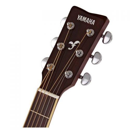 can dan guitar Yamaha FG820