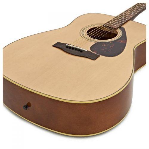 dan guitar Yamaha F370