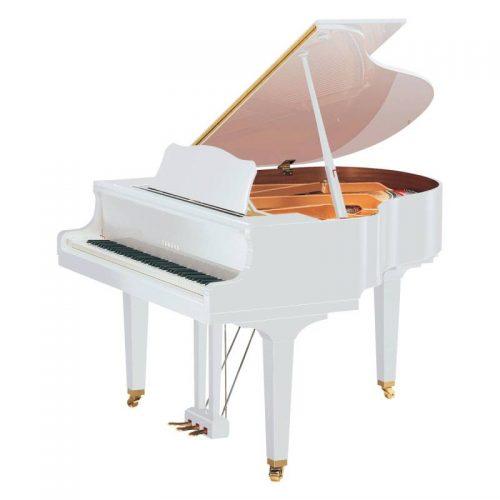 grand piano Yamaha GC2