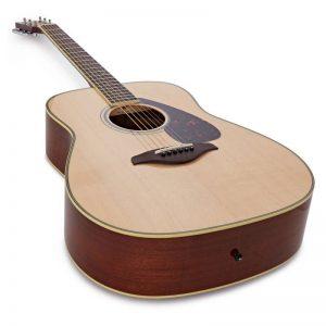 guitar Yamaha FG820