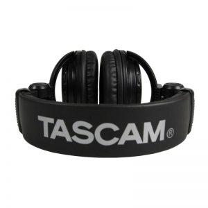 headphone tascam th02
