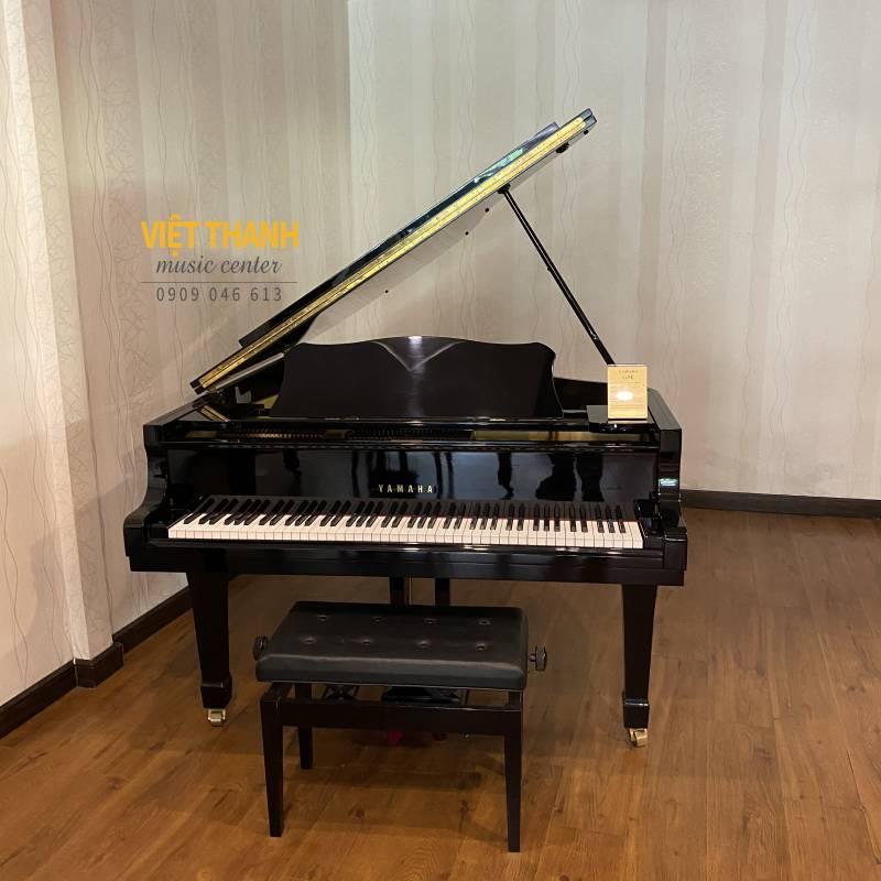 piano grand yamaha g5e