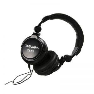 tascam th02 headphone