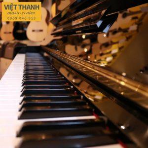 ban phim piano Yamaha U30BL