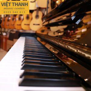 ban phim piano Yamaha U3H