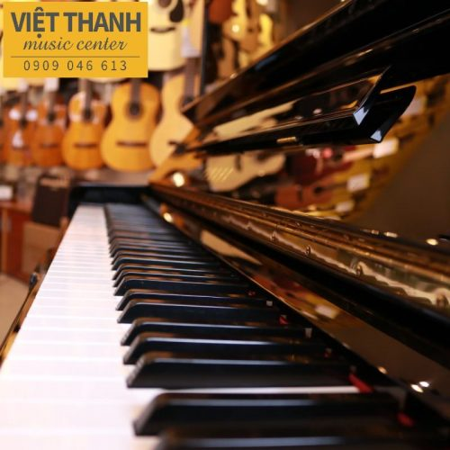ban phim piano yamaha u30a