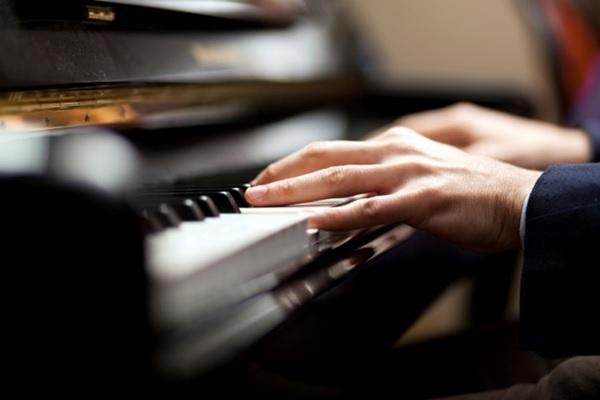 bieu dien tren dan piano yamaha u3h