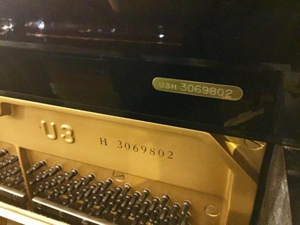 cho ghi so seri dan piano yamaha u3h