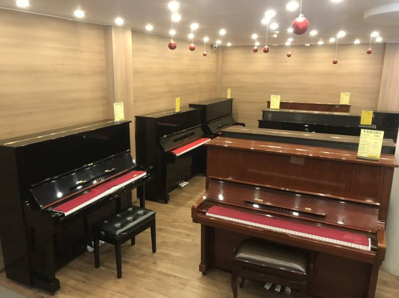 dan piano cu tai showroom am nhac viet thanh