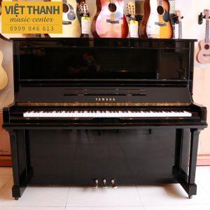 dan piano yamaha u30a