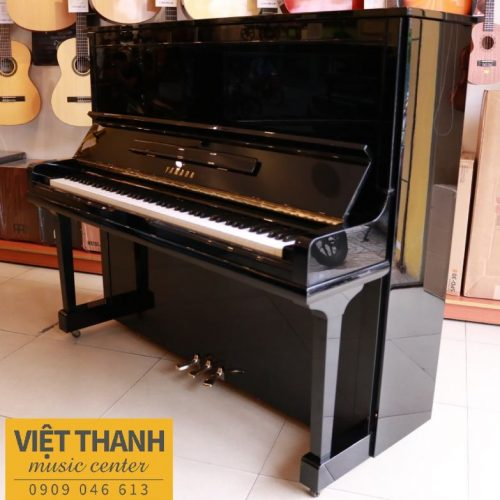 dan upright piano yamaha u30a