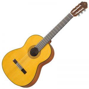 guitar Yamaha CG142S