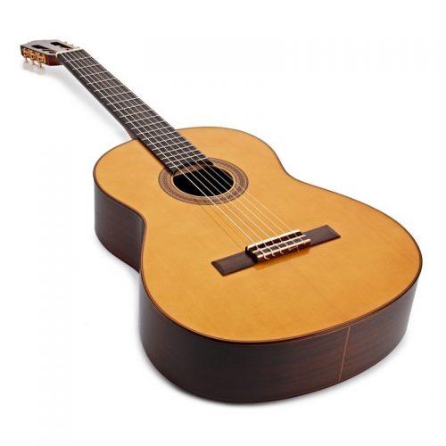 guitar Yamaha CG182S