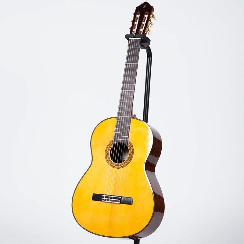 guitar Yamaha CG192S