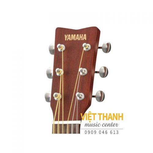 logo dau dan guitar Yamaha JR2