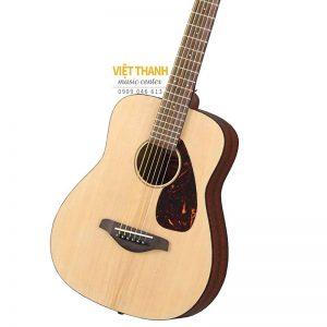mat top guitar Yamaha JR2