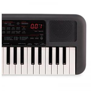 nua ben phai organ Yamaha PSS-A50