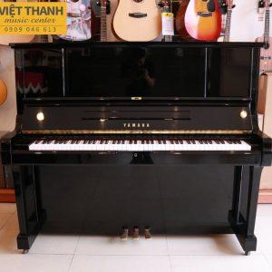 piano Yamaha UX3