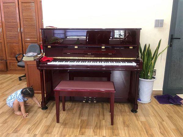 piano co moi Kohler & Campbell KC121MD