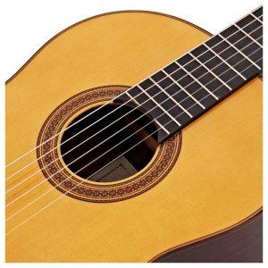 thung dan guitar Yamaha CG182S