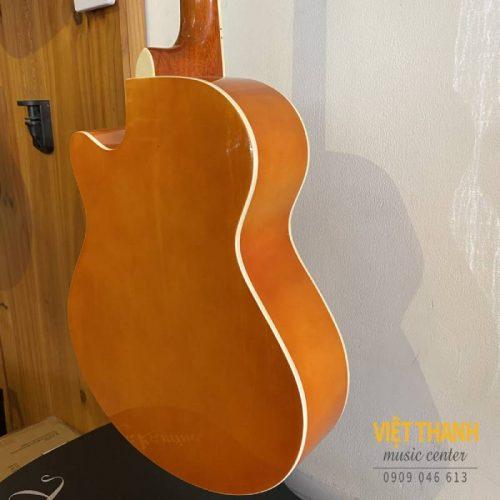 mat hong dan guitar Caravan HS-4010
