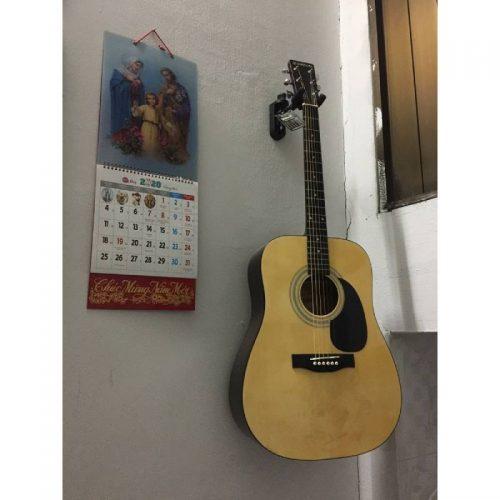 moc treo guitar Lazer GH-021