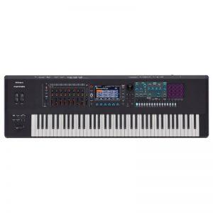 organ Roland Fantom 7