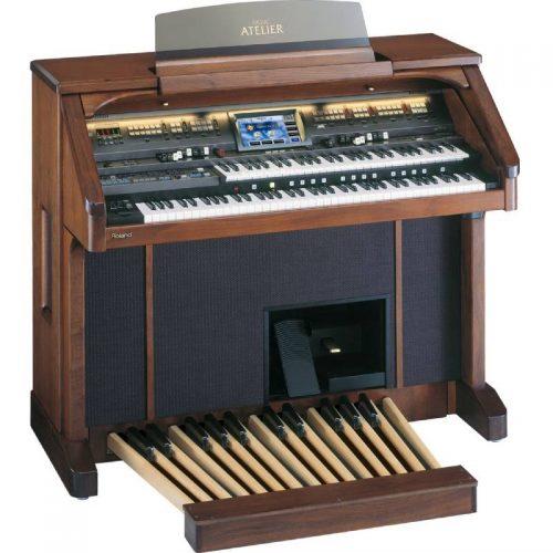 organ nha tho Roland AT-900