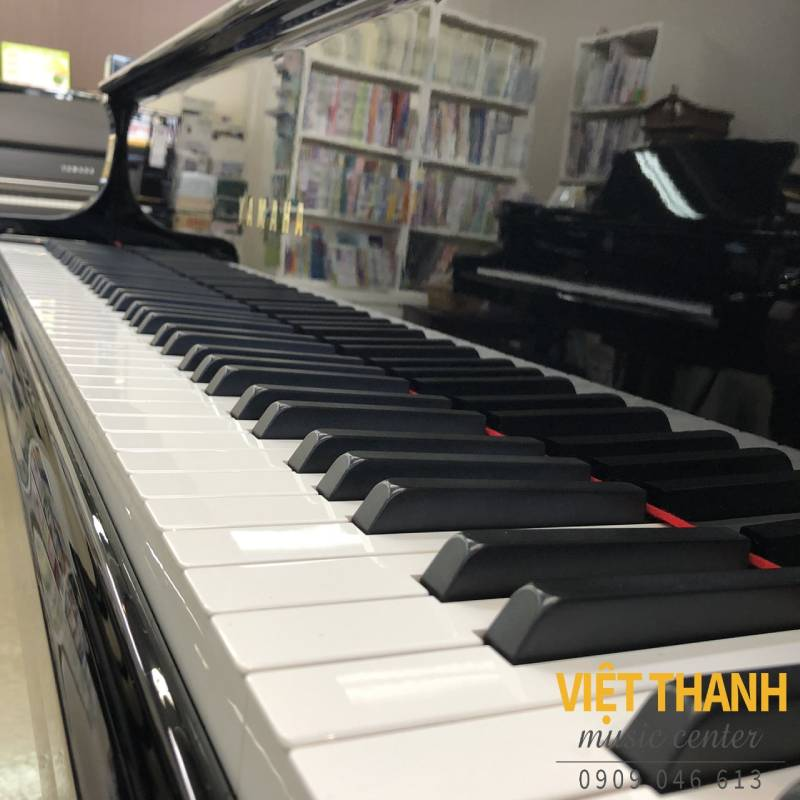 ban phim dan grand piano Yamaha G2B