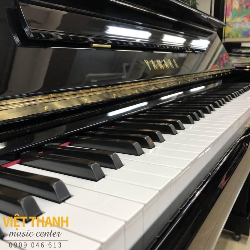ban phim piano Yamaha UX1