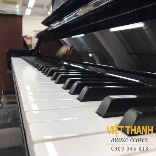 ban phim piano Yamaha UX5