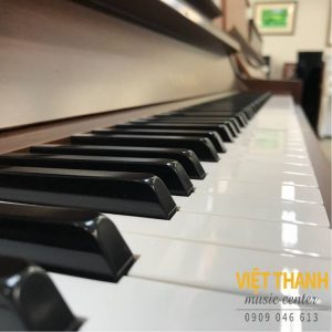 ban phim piano Yamaha W102BW